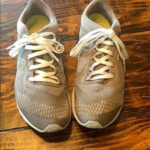 Like new, New Balance sneakers